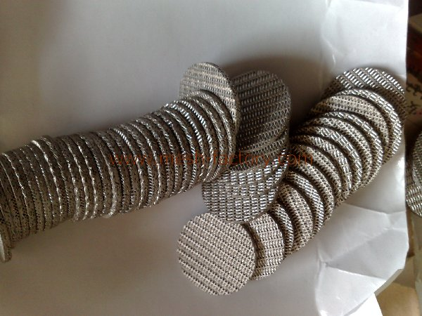 Wire filter leaf of sintered mesh